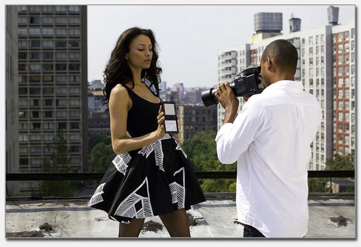 Fotomodell mit Passport